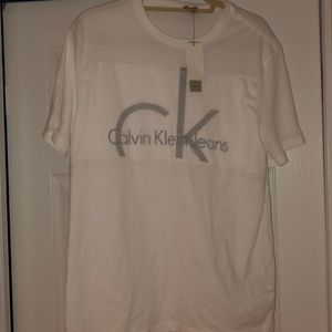 Calvin Klein Jeans Shirts - BRAND 🆕 WITH TAGS • MEN's CK T-SHIRT